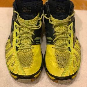 Mizuno wave tornado x sneakers